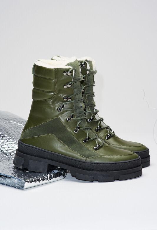 AUBEH19 : Shoes color KHAKI