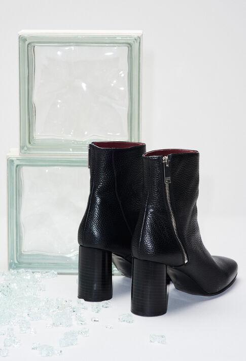 AVRILH19 : Shoes color BLACK