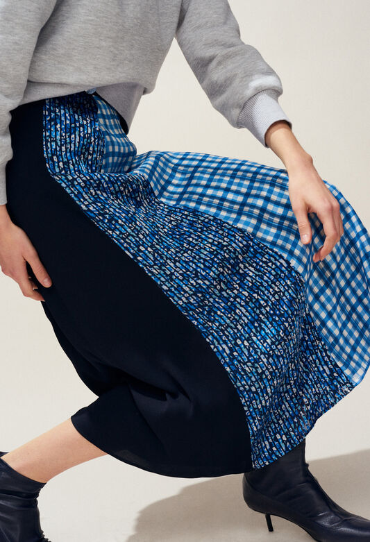 SWEDEN : Skirts & Shorts color Navy