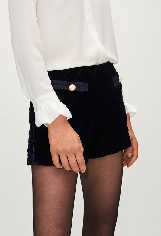 EFFECTH19 : Skirts & Shorts color NAVY