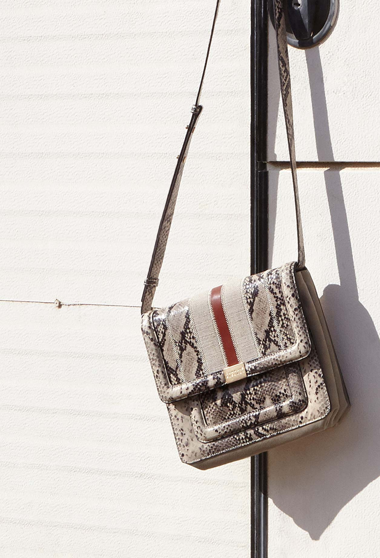 Angela leather bag with cotton stripe