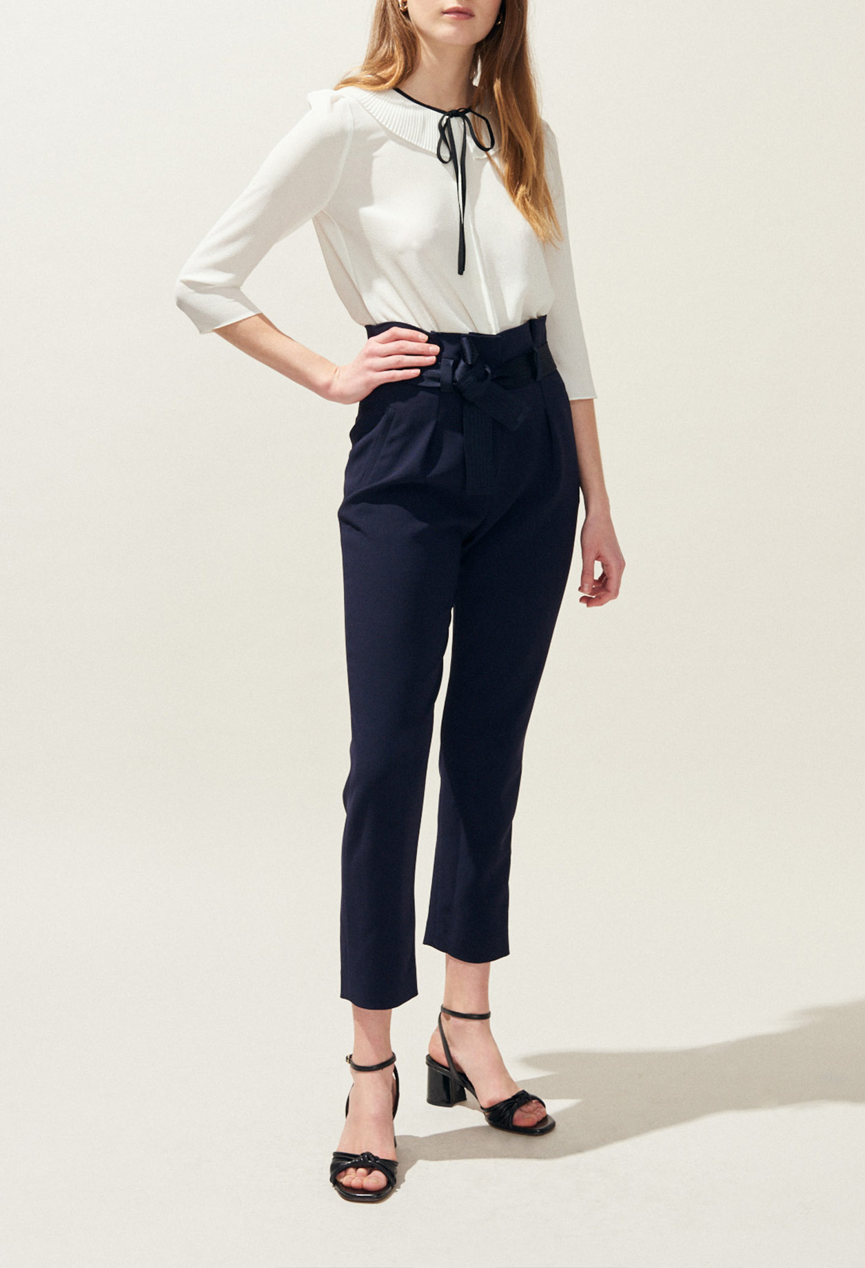 Straight-leg trousers with tie waist
